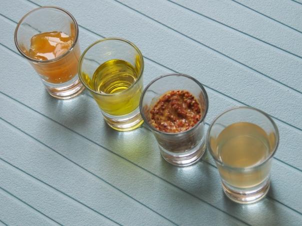 Дресинг с горчица и мед